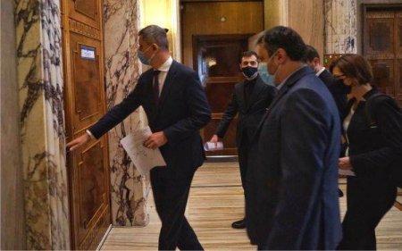 CRIZA POLITICA Harababura politica a sporit dupa demisiile ministrilor USRPlus