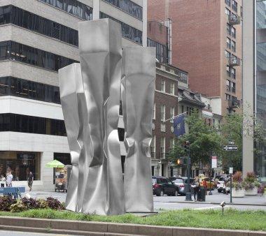 De 30 de ani, la Galati rugineste in balarii o opera a sculptorului Ewerdt Hilgemann, ale carui lucrari sunt expuse la New York