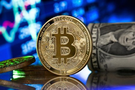 Bitcoin s-a prabusit cu 17% dupa ce El Salvador a devenit primul stat care o accepta ca mijloc legal de plata