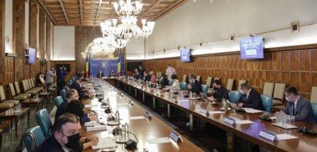 Cine sunt ministrii propusi sa preia interimatul portofoliilor USR PLUS