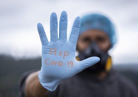 Apelul disperat al unui medic american: Nu mai facem fata oamenilor care mor din cauza COVID-19 (VIDEO)