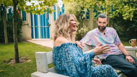 S<span style='background:#EDF514'>MILEY</span> si Gina Pistol, aparitie inedita cu Josephine. Cat de mult a crescut FOTO