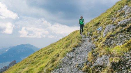 Situatie periculoasa pentru o turista din Germania in muntii Romaniei. Și-a anulat vacanta in tara noastra in urma incidentului