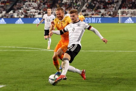 Comentam impreuna Armenia - Liechtenstein si Islanda - Germania, cele doua meciuri din grupa Romaniei