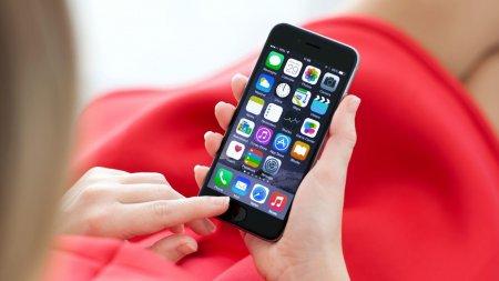 Cum sa-ti faci telefonul iPhone sa functioneze mai rapid. Iata <span style='background:#EDF514'>SFATURI</span>le expertilor