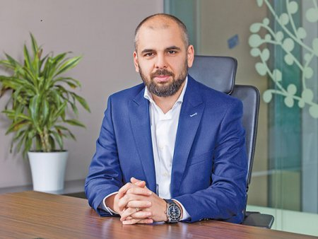 Paul Cazacu, CEO al Uniqa Asigurari: Ma astept la cresteri de 10-15% la finalul anului 2021 pe segmentul de retail, in timp ce la nivelul pietei dinamica ar putea ajunge la 8-10%. Daca in anii trecuti vedeam cresteri accelerate, anul acesta, la trimestrul I avem o crestere pe zona de sanatate de sub 1%