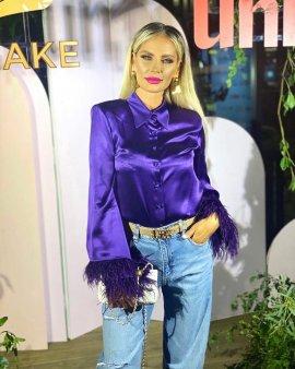Andreea Banica, agresata inaintea unui concert: M-am batut cu un TIR-ist