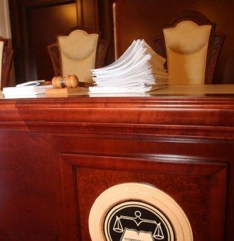 Termen de depunere a punctelor de vedere pe sesizarea Guvernului la CCR, 15 septembrie. Sedinta se va stabili ulterior