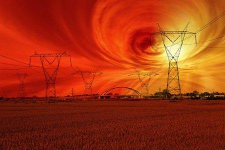 Cum ar putea o <span style='background:#EDF514'>FURTUNA SOLARA</span> sa provoace apocalipsa internetului si a lumii moderne