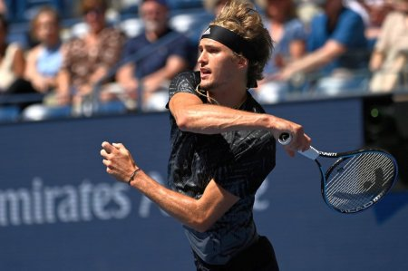 Cea mai mare amenintare pentru Djokovic? Alexander Zverev e in sem<span style='background:#EDF514'>IFIN</span>ale la US Open: a 16-a victorie la rand pentru neamt!