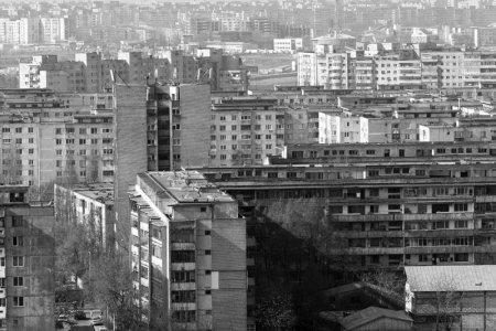 Povestea fratilor Popescu  sau despre ascunzatorile ingenioase gindite de arhitectii modernisti