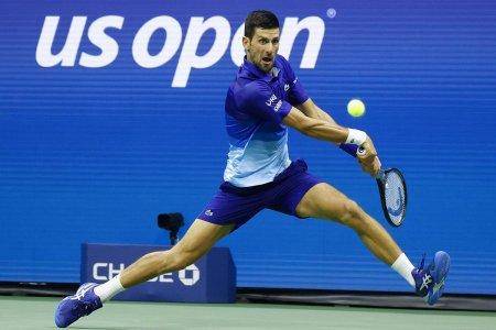 Novak Djokovic, de neoprit la US Open: victorie clara cu Berrettini! Cum arata sem<span style='background:#EDF514'>IFIN</span>alele