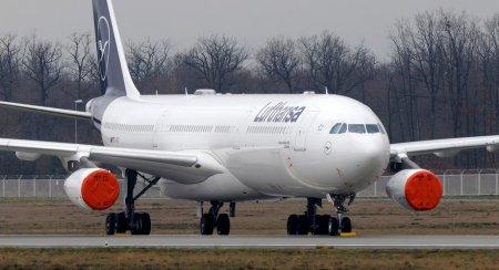 Aterizare fortata in Scotia pentru nationala de fotbal a Germaniei, dupa ce pilotii aeronavei au declarat stare de urgenta la bord