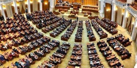 Ședinta in Parlament: PNL nu participa la prezentarea motiunii de cenzura