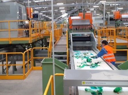 Green Group, care produce in Romania granule de plastic din PET reciclat, investeste 12 mil. euro intr-o linie de productie in Slovacia