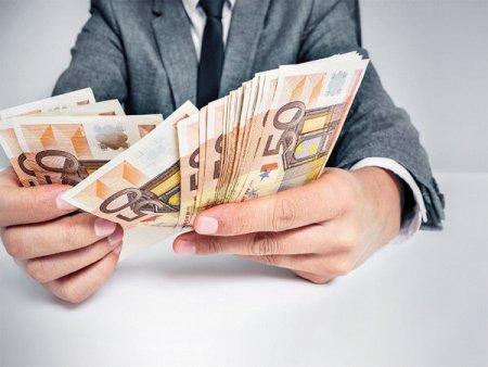 <span style='background:#EDF514'>AGROLAND</span> Agribusiness, parte a grupului <span style='background:#EDF514'>AGROLAND</span>, a listat astazi obligatiuni de 10 mil. lei la Bursa de la Bucuresti, cu o dobanda fixa de 9%