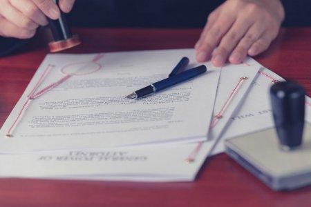 Procura notariala auto – Ce este si cand este necesara?
