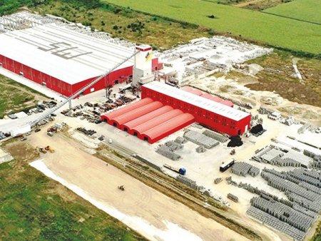 Austriecii de la SW Umwelttechnik, care produc <span style='background:#EDF514'>PREFAB</span>ricate din beton, au extins capacitatea de productie a fabricii din judetul Giurgiu