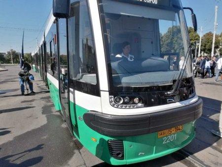 Tramvaiele PESA au fost scoase pe unele trasee din Iasi. Ce dotari moderne au