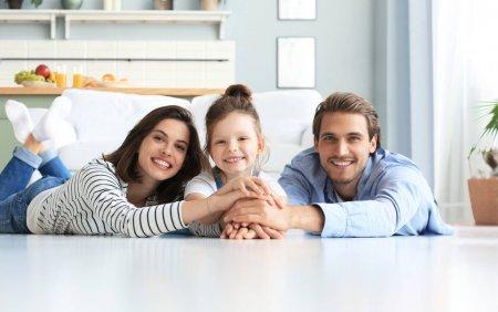 Mai multa <span style='background:#EDF514'>LINISTE</span> pentru tine si familia ta. Cum te asiguri ca ii protejezi cu adevarat pe cei dragi