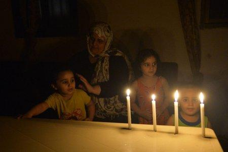 2-3 ore de curent electric pe zi. Asa traiesc locuitorii din Liban, o tara lovita de criza energetica
