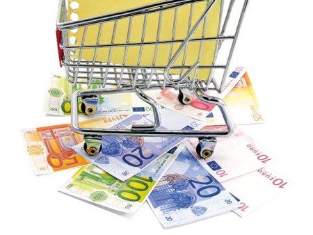ANALIZA ZF. Online-ul a ajuns sa manance peste 5% din comertul alimentar european in pandemie. In Romania cota de piata a acestui canal e abia la 1%, dar creste.  In timp ce supermarketurile au ramas stabile, hipermarketurile si alte concepte de magazine au pierdut teren si cota de piata in 2020 versus 2019