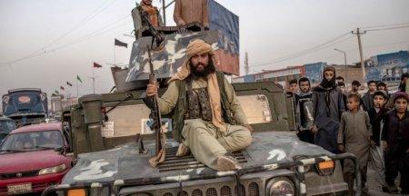 Talibanii au reinstaurat teroarea in Emiratul islamic. Jurnalisti afgani, batuti pana cand nu s-au mai putut ridica in picioare FOTO