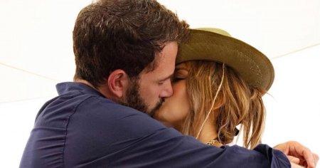 Ben Affleck si Jennifer Lopez, impreuna la <span style='background:#EDF514'>VENETIA</span> (VIDEO)