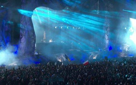 Festivalul Untold si-a deschis portile noaptea trecuta. Zeci de mii de spectatori s-au distrat pana in zori