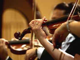 Unul dintre cei mai importanti violonisti ai lumii va sustine un <span style='background:#EDF514'>RECITAL</span> la Festivalul Enescu in Sibiu. Cand va putea fi ascultat