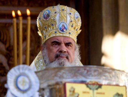 Patriarhul Daniel, mesaj la inceperea noului an scolar: E necesara cooperarea dintre Familie, Biserica si Scoala