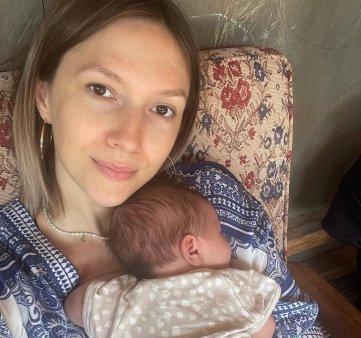Adela Popescu a anulat botezul celui de-al treilea copil: Din cauza imbolnavirii mele