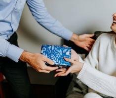 Sugestii potrivite pentru a oferi un cadou special partenerului tau