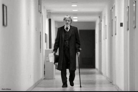 Final de scena a vietii: Cum a fost condus pe ultimul drum actorul Ion Car<span style='background:#EDF514'>AMIT</span>ru (VIDEO)