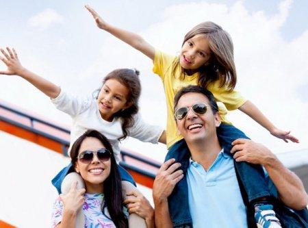 Codruta Popescu, managing director Go Travel: Avem cerere in crestere pentru turismul de business, in luna septembrie este un boom al cererii pentru <span style='background:#EDF514'>ORGANIZAREA</span> de evenimente corporate. Agentia de turism Go Travel, parte din grupul Sunmedair, a avut anul trecut venituri de 8 mil. euro comparative cu 27 mil. euro in 2019