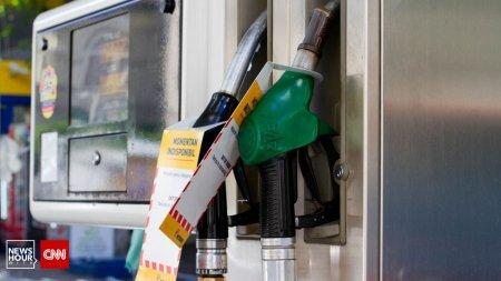 Pretul carburantilor este tot mai mare. In curand, benzina va ajunge la 7 lei