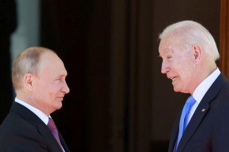 Rusia acuza SUA de implicare in alegerile interne. Ambasadorul american, convocat sa dea explicatii