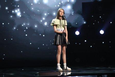 X Factor 2021, 10 septembrie. Eva Maria Țurcanu, vocea suava i-a adus <span style='background:#EDF514'>APRECIEREA</span> juratilor. A interpretat What a wonderful world