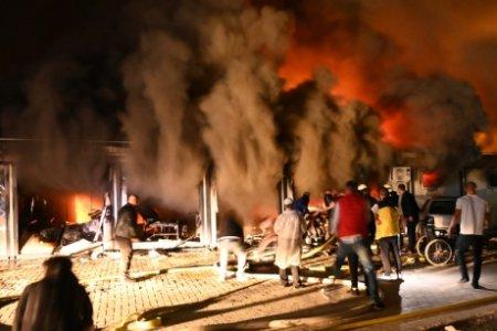 Pana si in Macedonia de Nord e mai multa moralitate decat in Romania: Dupa incendiul din spitalul COVID-19, soldat cu 14 morti, ministrul Sanatatii a demisionat