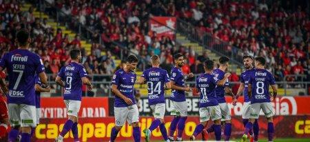 Liga 1: <span style='background:#EDF514'>UTA ARAD</span> - Rapid 2-2, in etapa a opta. Giulestenii au scapat victoria printre degete (Video)
