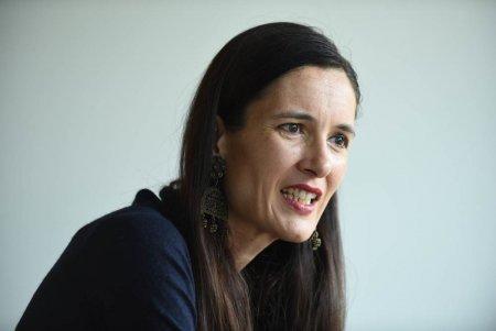 Clotilde Armand, ar fi modificat stema primariei: Pana si crucea a disparut