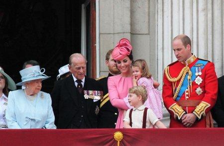 Cutremur la Casa <span style='background:#EDF514'>REGALA</span>. Kate Middleton a disparut. Nu a mai vazut-o nimeni din iulie