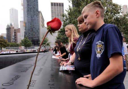Nu doreau mila lor, voiau doar sa fie normali. Drama copiilor care si-au pierdut parintii pe 11 septembrie 2001