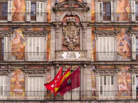 Separatistii <span style='background:#EDF514'>CATALAN</span>i, in strada inaintea reluarii negocierilor cu Madridul