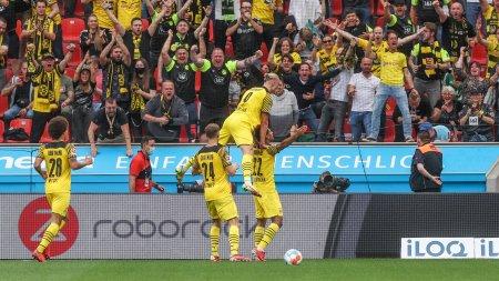 Nebunie de meci in <span style='background:#EDF514'>BUNDESLIGA</span> cu sapte goluri intre Leverkusen si Dortmund