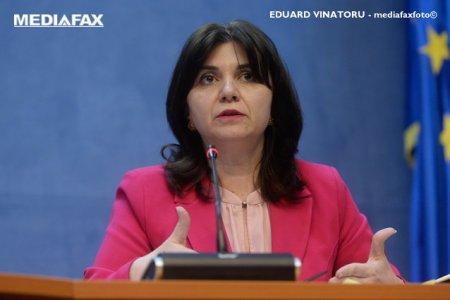 Monica <span style='background:#EDF514'>ANISIE</span> il cearta pe Ludovic Orban: Ii datoram lui Klaus Iohannis ce suntem azi