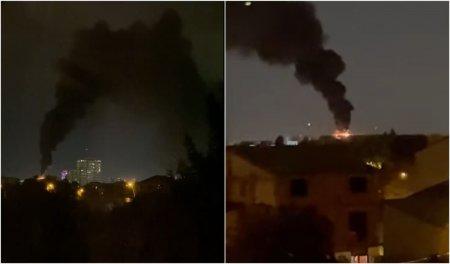 Incendiu puternic la o <span style='background:#EDF514'>CLADIRE</span> nelocuita din Bucuresti. Sunt degajari mari de fum