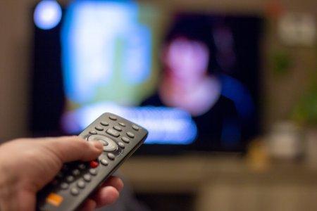 Revenire senzationala la TV. O celebra prezentatoare a anuntat: Imi <span style='background:#EDF514'>DORESC</span> sa revin curand