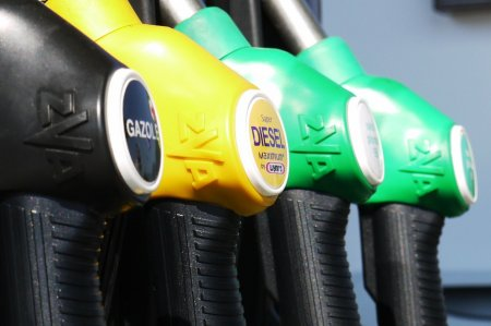 Lovitura totala pentru cei cu masini pe benzina si motorina. E dezastru la pompa