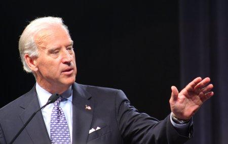 Joe Biden se apara dupa retragerea din Afganistan: Ar trebui sa invadam toate zonele in care este activa Al-Qaida?